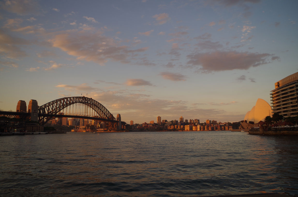10 free things to do in Sydney - Sunset over the harbour