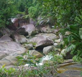 Babinda Boulders